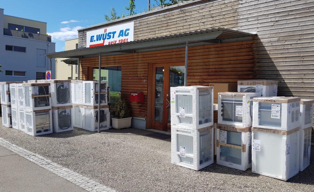 E. Wüst AG Haushaltgeräte Lager